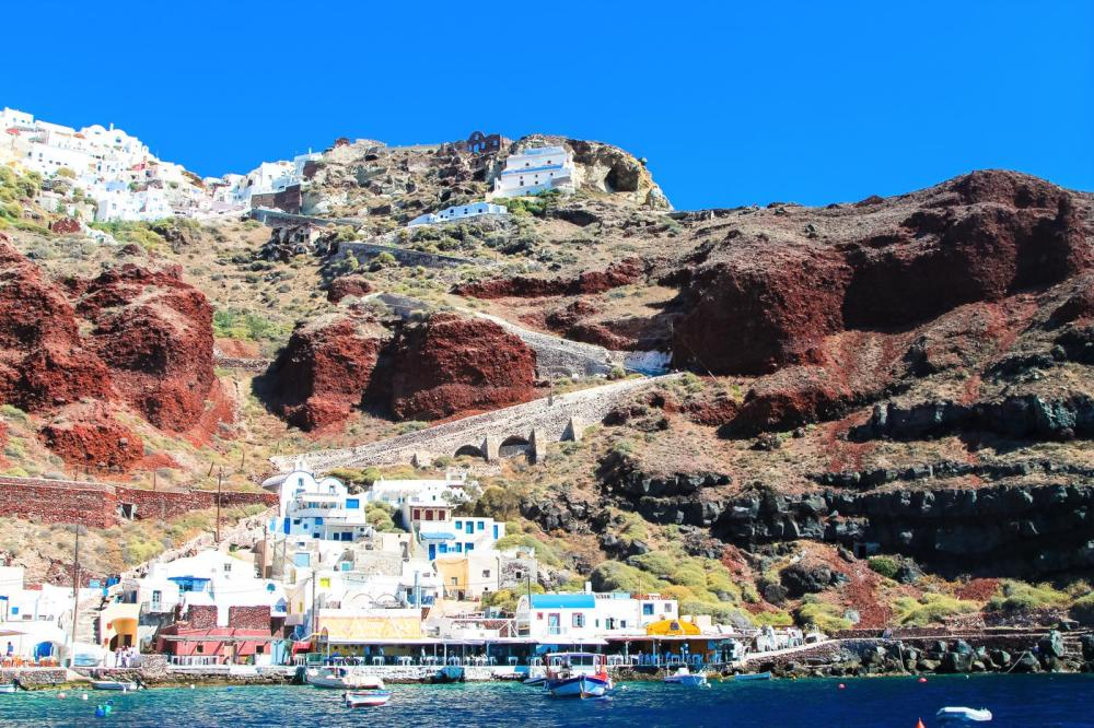 Things To Do When Sailing Around Santorini... (30)