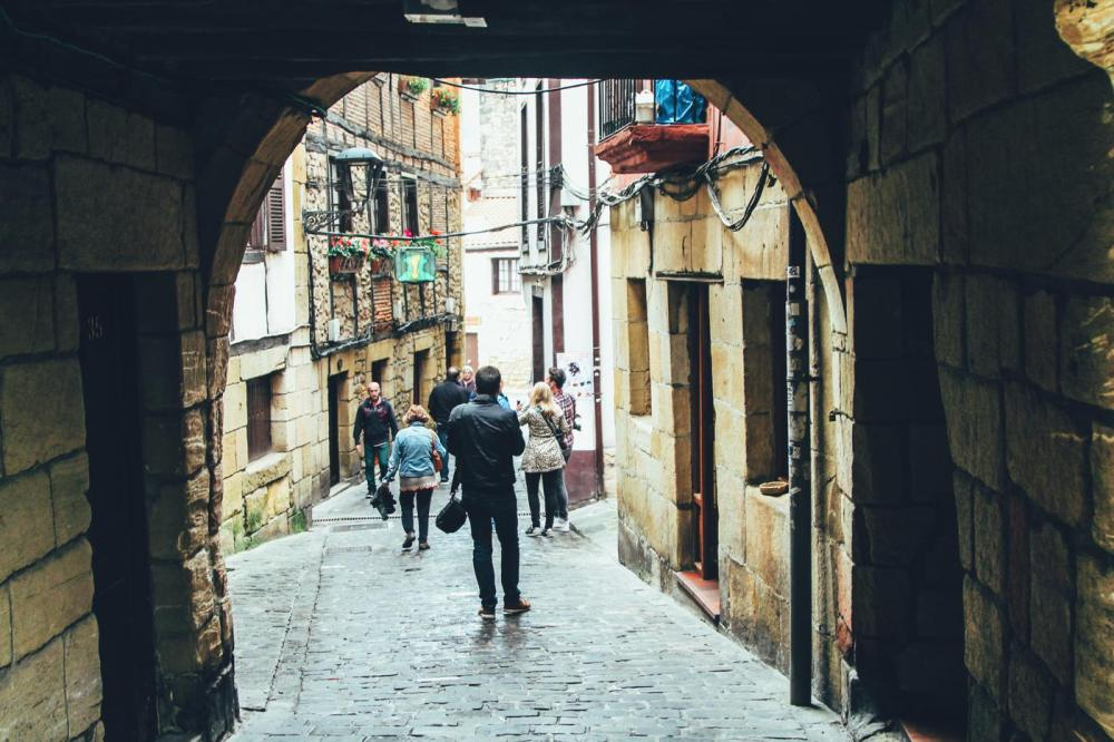 Cobbled Streets, Alley Ways And Seafood... Fish, Monkfish, Hake, Restaurant Ziaboga, Basque Country, Pasaia, Spain (35)