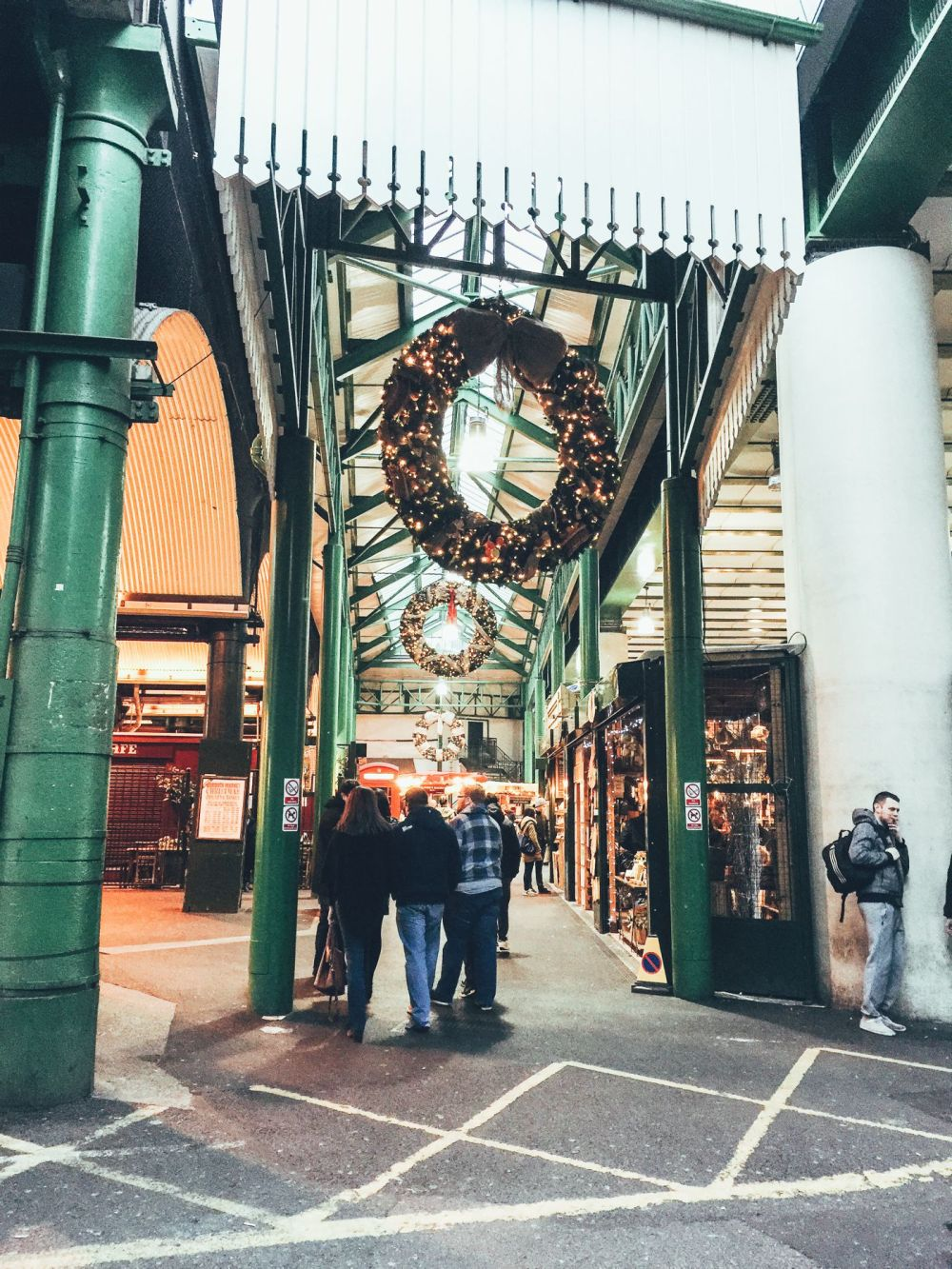 Hog Rolls and Hot Cider in Borough Market, London (23)