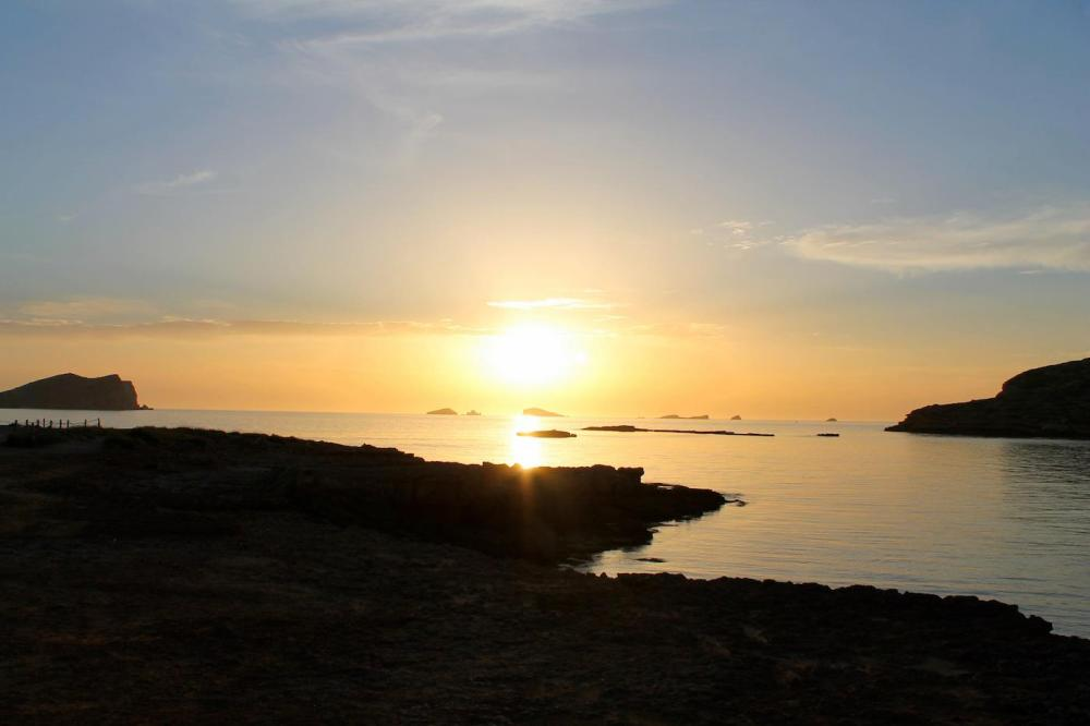 Sunny Beaches, Blue Seas, Glowing Spanish Sunsets And Delicious Food.... The Ibiza Diaries! (27)