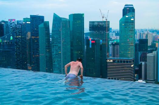 Yaya and Lloyd Travel Photos, Singapore, Marina Bay Sands, Vietnam, Ho Chi Minh City, Infinity Pool (1)