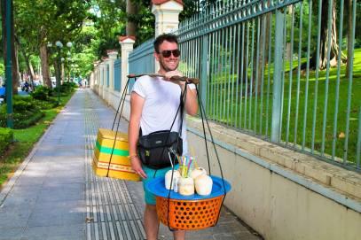 Yaya and Lloyd Travel Photos, Singapore, Marina Bay Sands, Vietnam, Ho Chi Minh City, Infinity Pool (2)