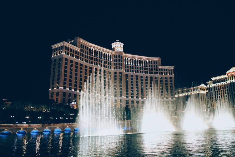 11 Reasons Why You Need To Go To Las Vegas On Holidays! (6)