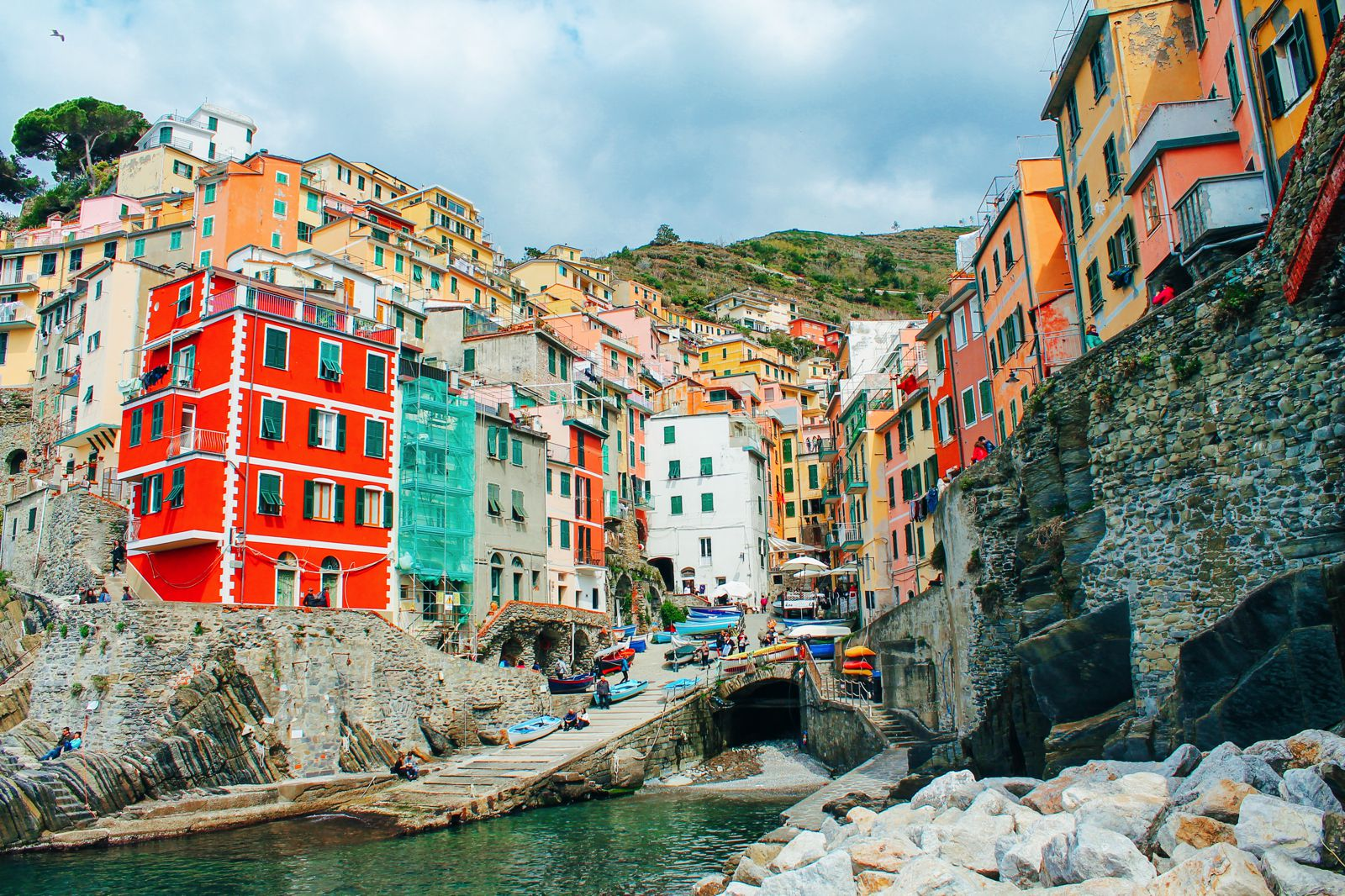 Riomaggiore in Cinque Terre, Italy - The Photo Diary! [1 of 5] (3)