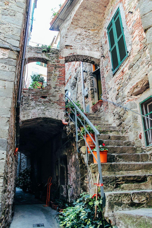 Corniglia in Cinque Terre, Italy - The Photo Diary! [3 of 5] (13)
