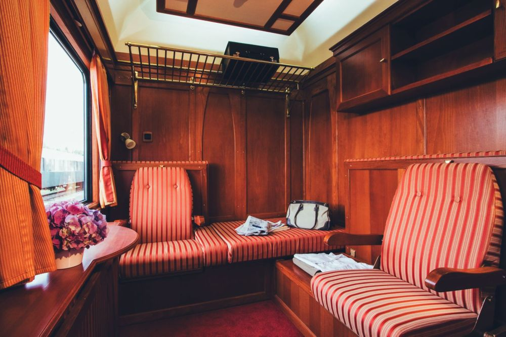 The 15 Most Beautiful Train Journeys Across The World You Have To Travel On! (3)