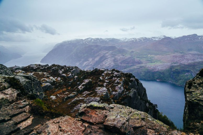 How To See The Lysefjord AND Get To The Very Edge Of Pulpit Rock In Norway! (41)