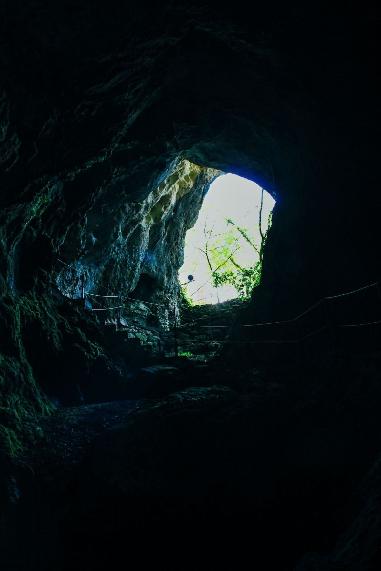 Cave Exploring, Frog Legs and The Old Town Of Sinj In Croatia... (11)