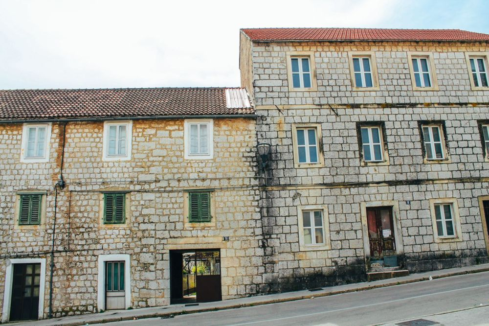 Cave Exploring, Frog Legs and The Old Town Of Sinj In Croatia... (35)