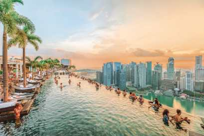 0f20d918ffa 15 Things You Need To Know About Visiting Singapore - Hand Luggage ...