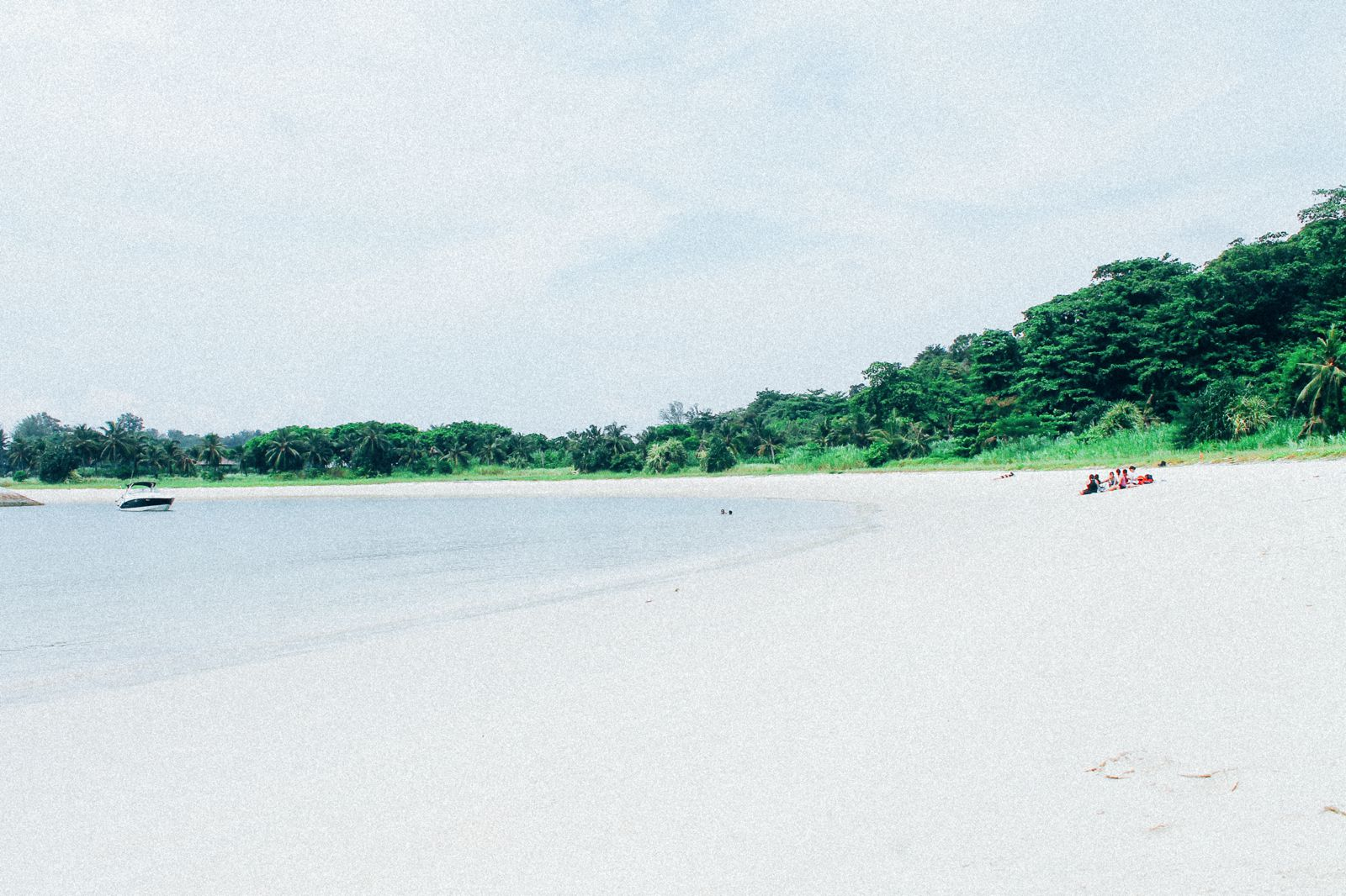 There's An Amazing Secret Beach In Singapore That No One Is Telling You About! (8)