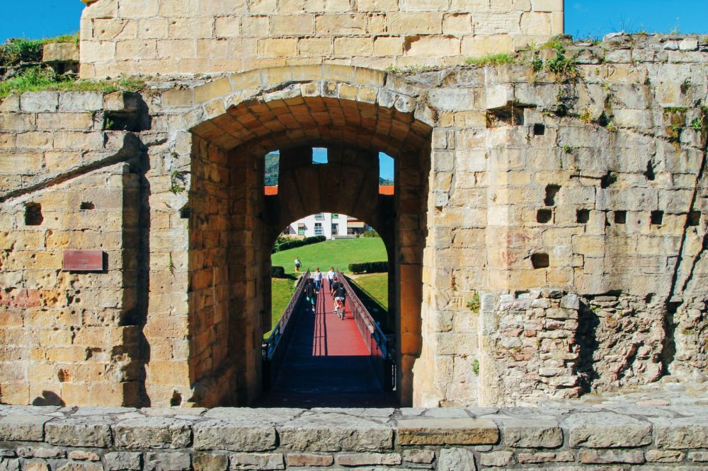 Photo Diary: Hondarribia - The Beautiful Seaside Town In The Basque Country (30)