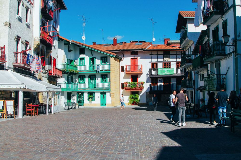 Photo Diary: Hondarribia - The Beautiful Seaside Town In The Basque Country (38)