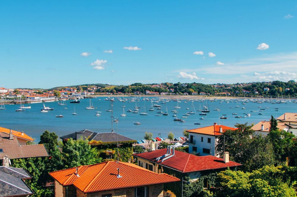 Photo Diary: Hondarribia - The Beautiful Seaside Town In The Basque Country (42)