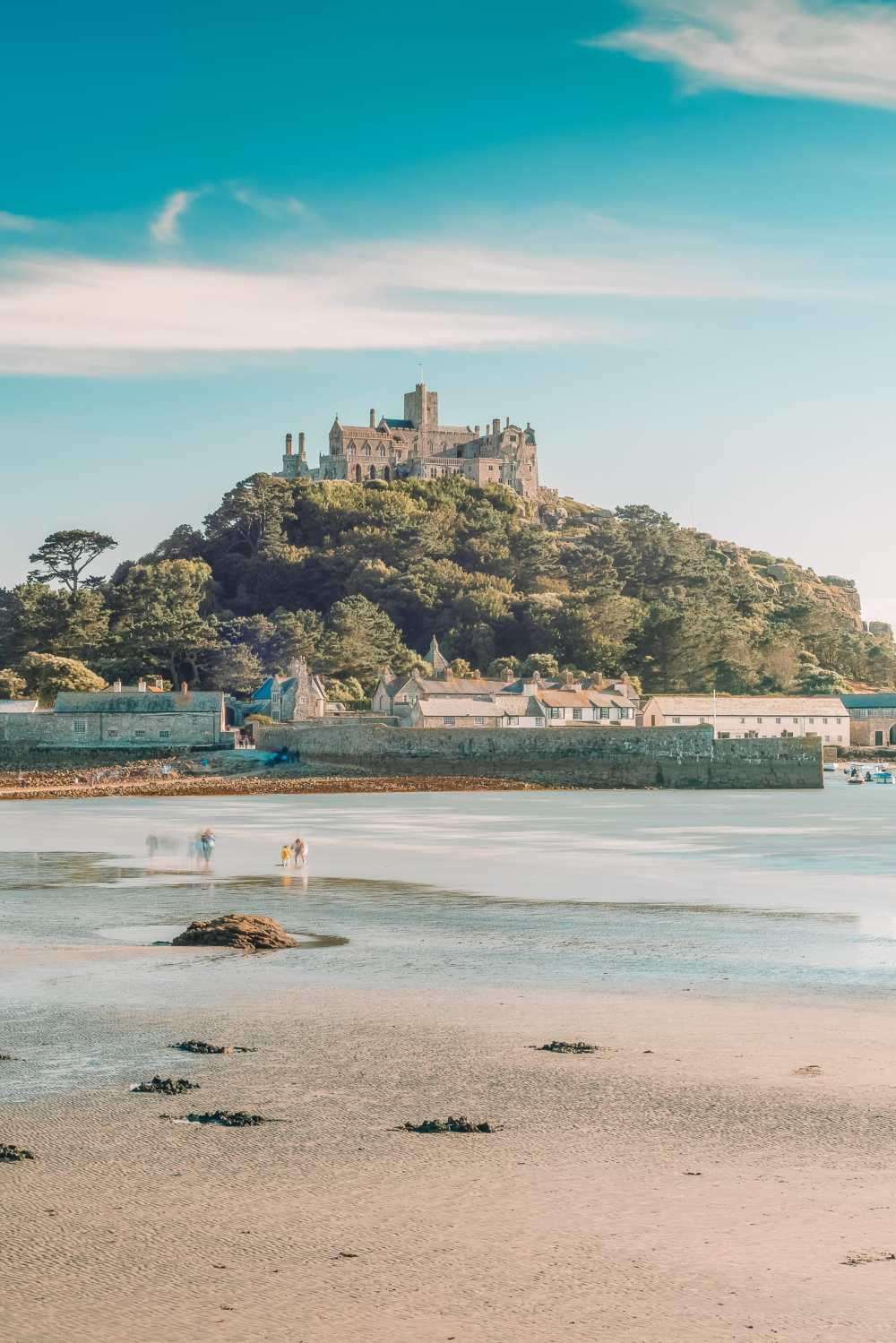 7 Best Manors And Castles In Cornwall To Visit (12)