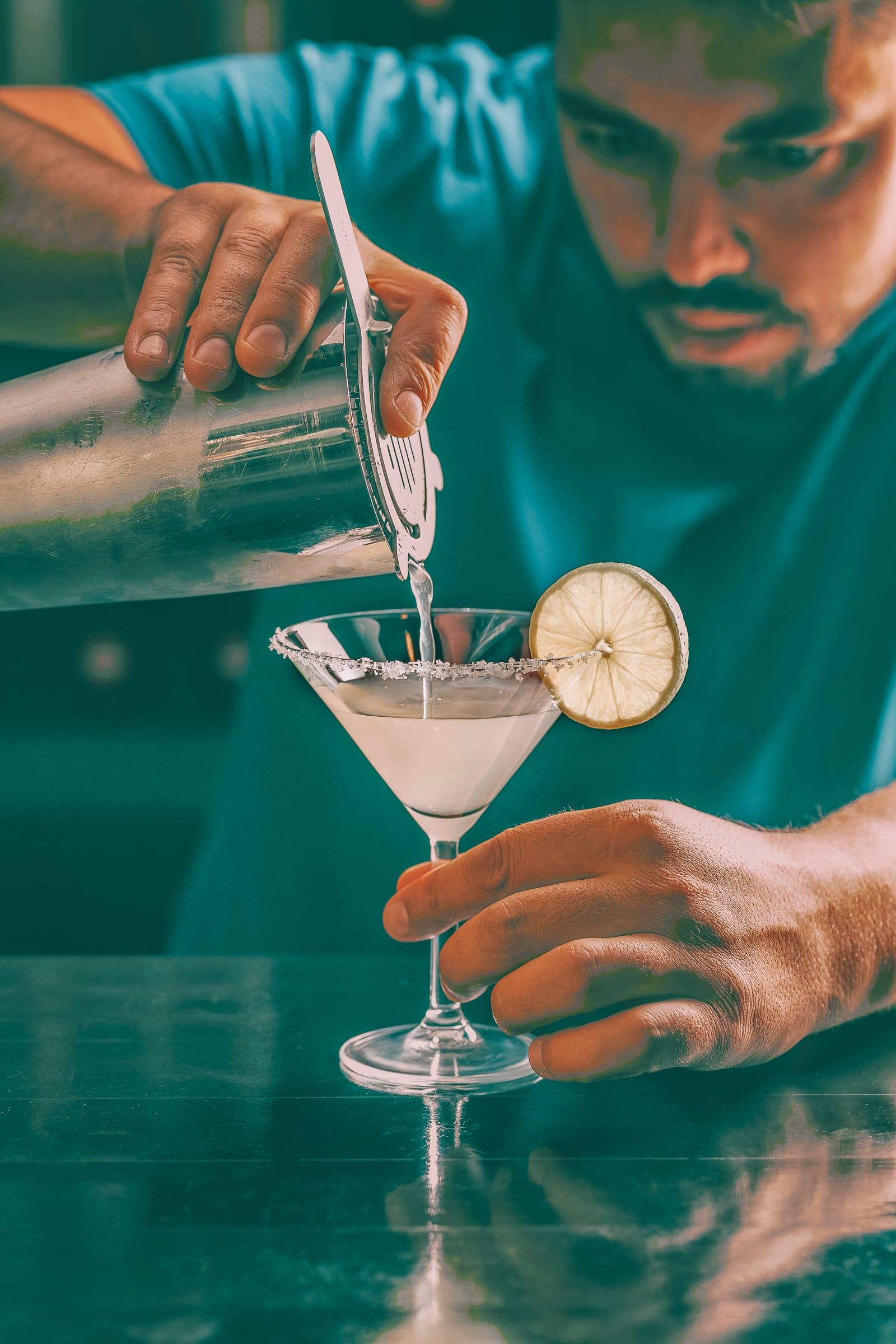 11 Best Bars In Edinburgh To Visit (2)