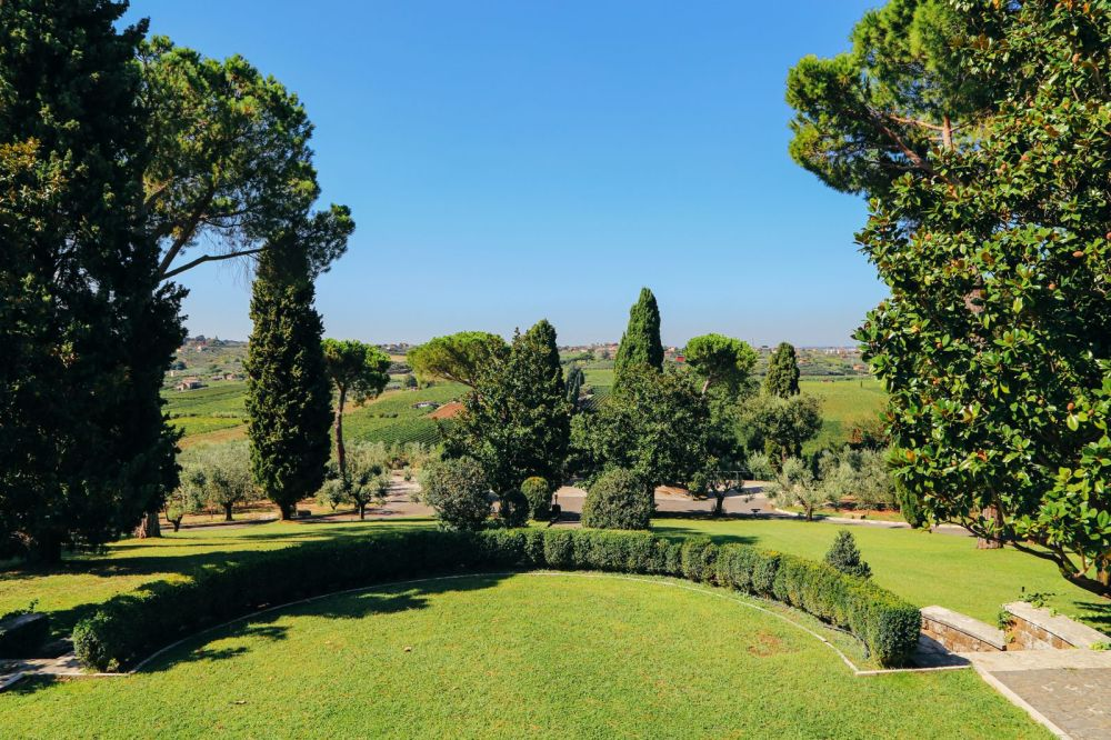 The Farmhouse In Rome (6)