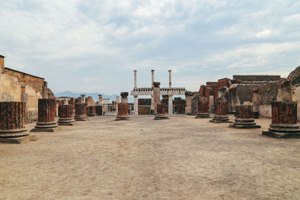 The Ancient City Of PompeiI (6)