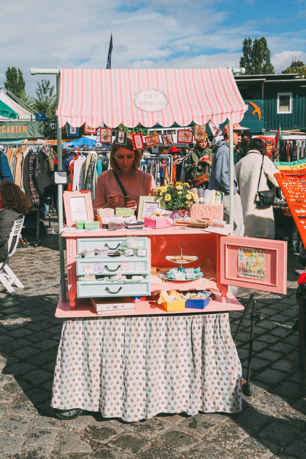 These Are The Many Reasons Why You Need To Visit The Berlin Flohmarkt In Mauerpark (1)