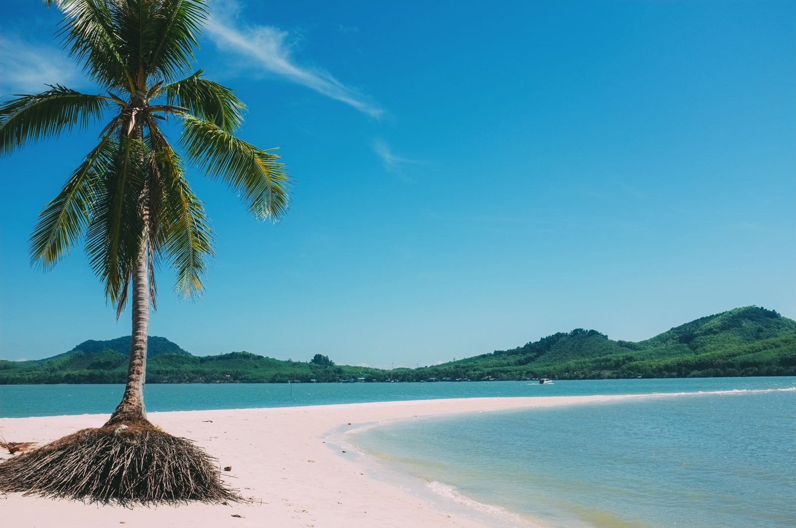 10 Stunning Beaches You Have To Visit In Thailand (9)