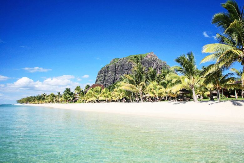 11 Dreamy Beaches You Will Want To Explore In Mauritius (6)