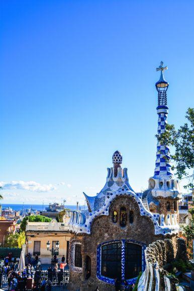 6 Must See Buildings By Gaudi In Barcelona (25)
