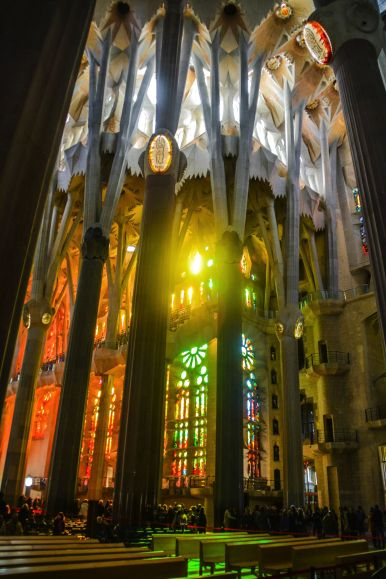 6 Must See Buildings By Gaudi In Barcelona (59)
