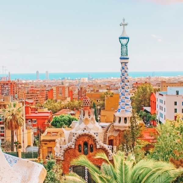 6 Must See Buildings By Gaudi In Barcelona (2)