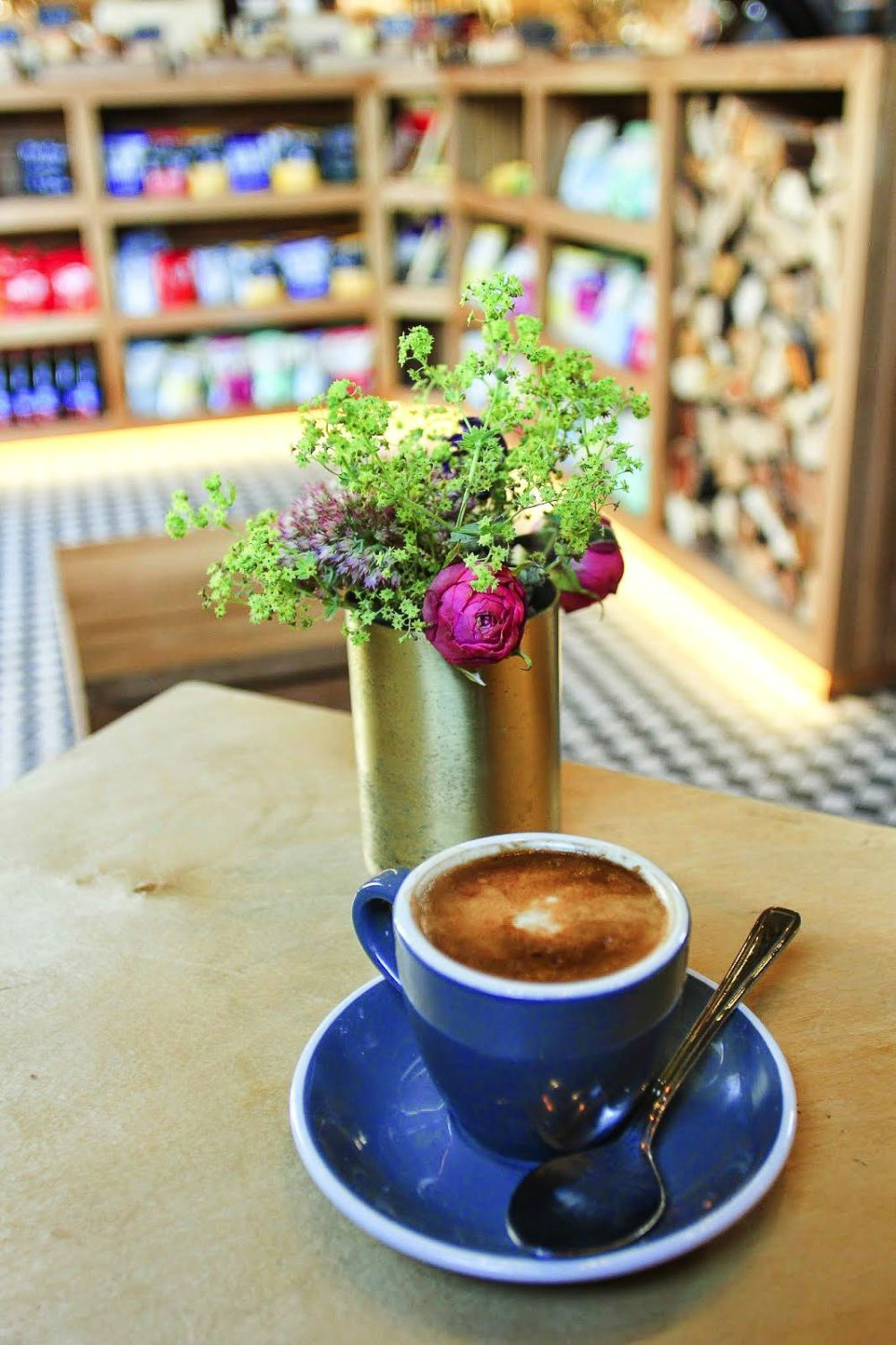 12 Unique And Independent Coffee Shops You Must Try In London (7)