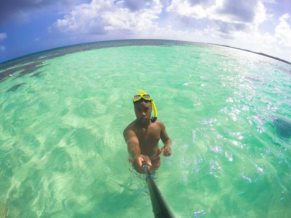 How To Swim With Wild Stingrays In Antigua (44)