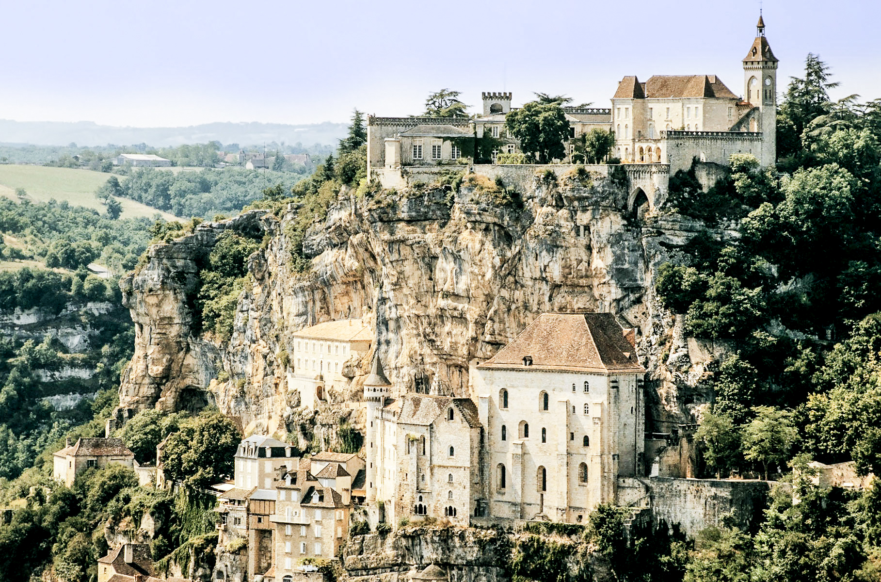 10 Beautiful Towns You Need To Visit In The South Of France (6)