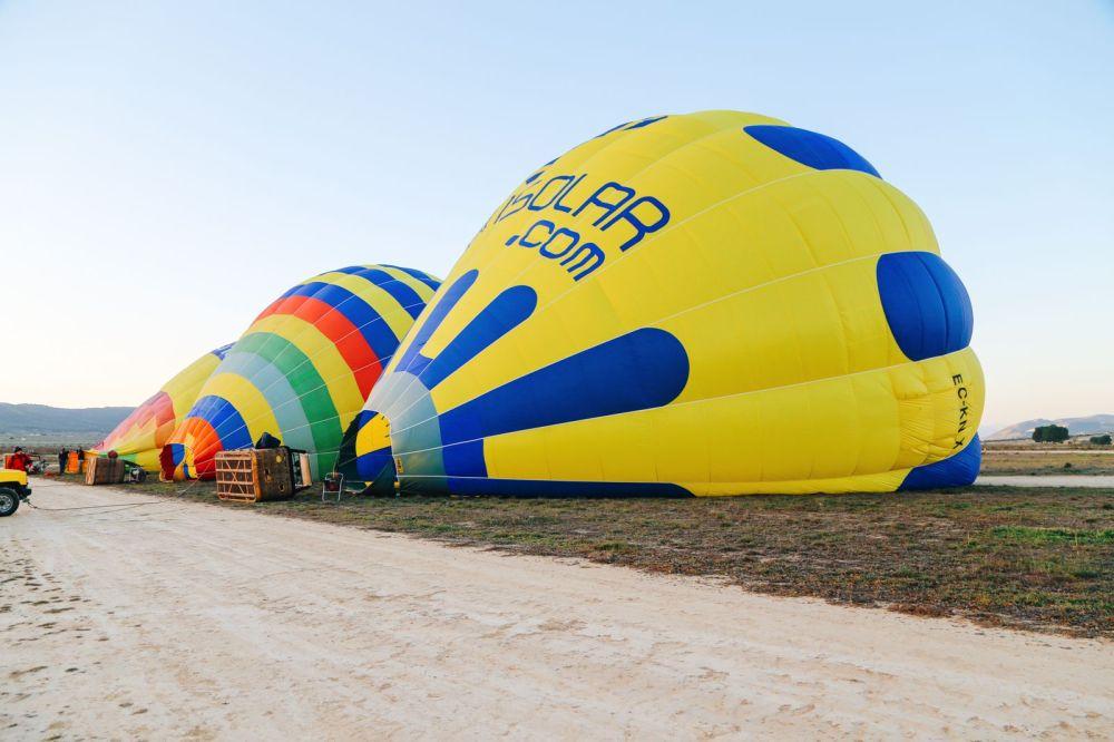 Hot Air Balloon Sunrise... In Sierra De Mariola, Valencia (3)