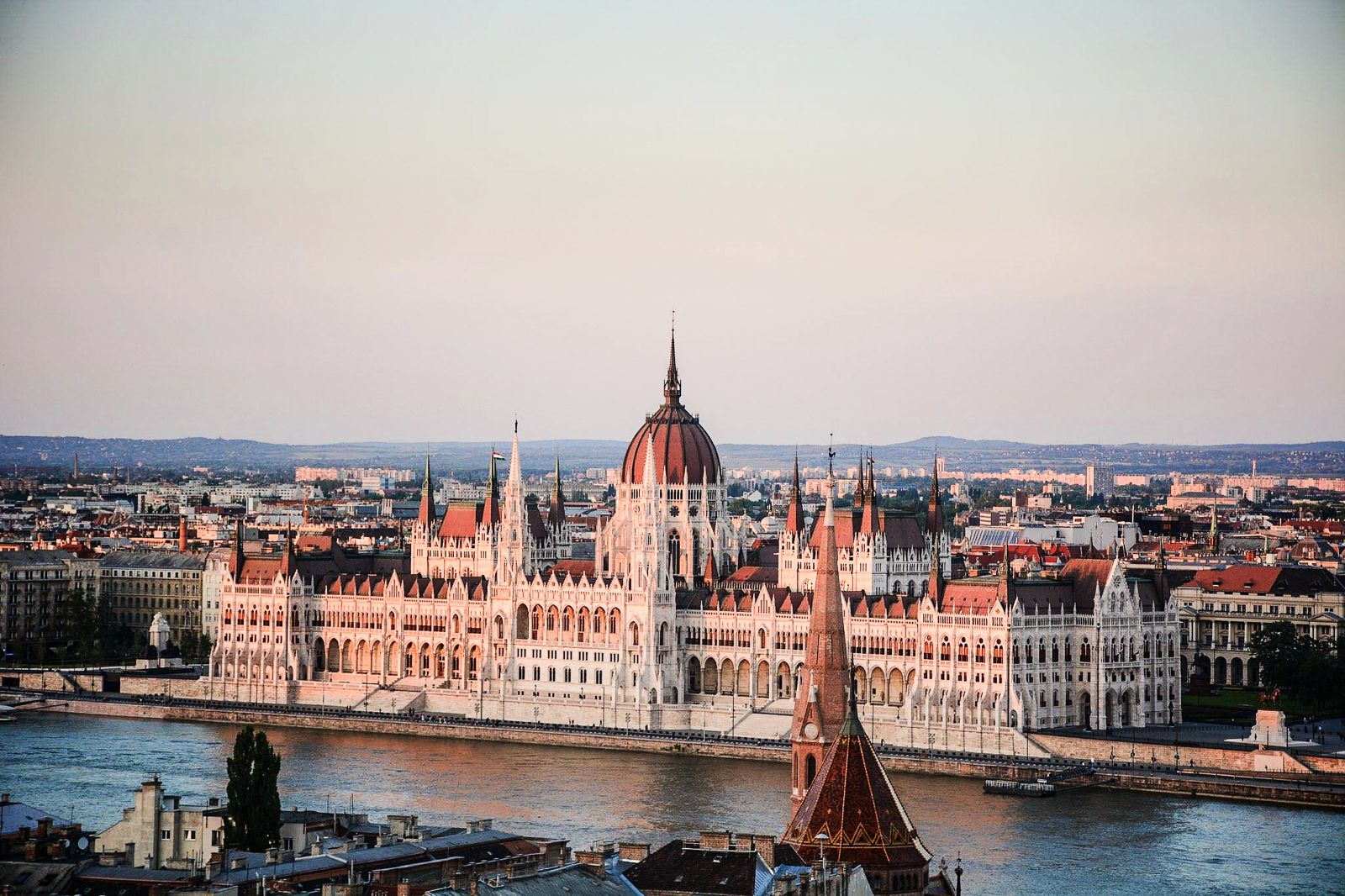 How To Spend A Perfect Weekend In Budapest (2)