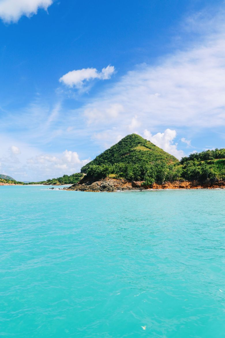 Sailing In Antigua In The Caribbean (13)