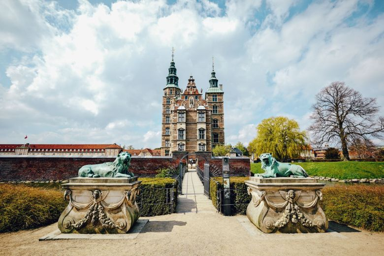 10 Fairytale Castles You Will Want To Visit In Denmark (9)