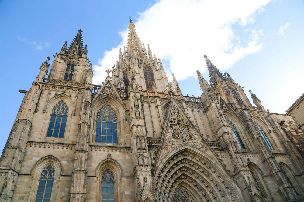 Arrival In Barcelona, Spain (44)