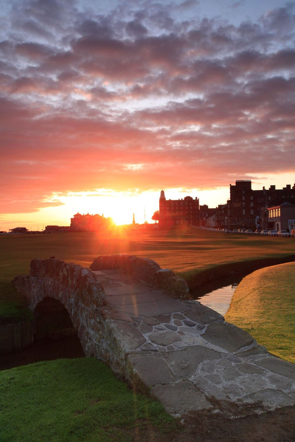 10 Pretty Towns And Cities You Must Visit in Scotland (3)