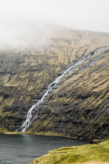 11 Dramatic Sights You Have To Explore In The Faroe Islands (10)