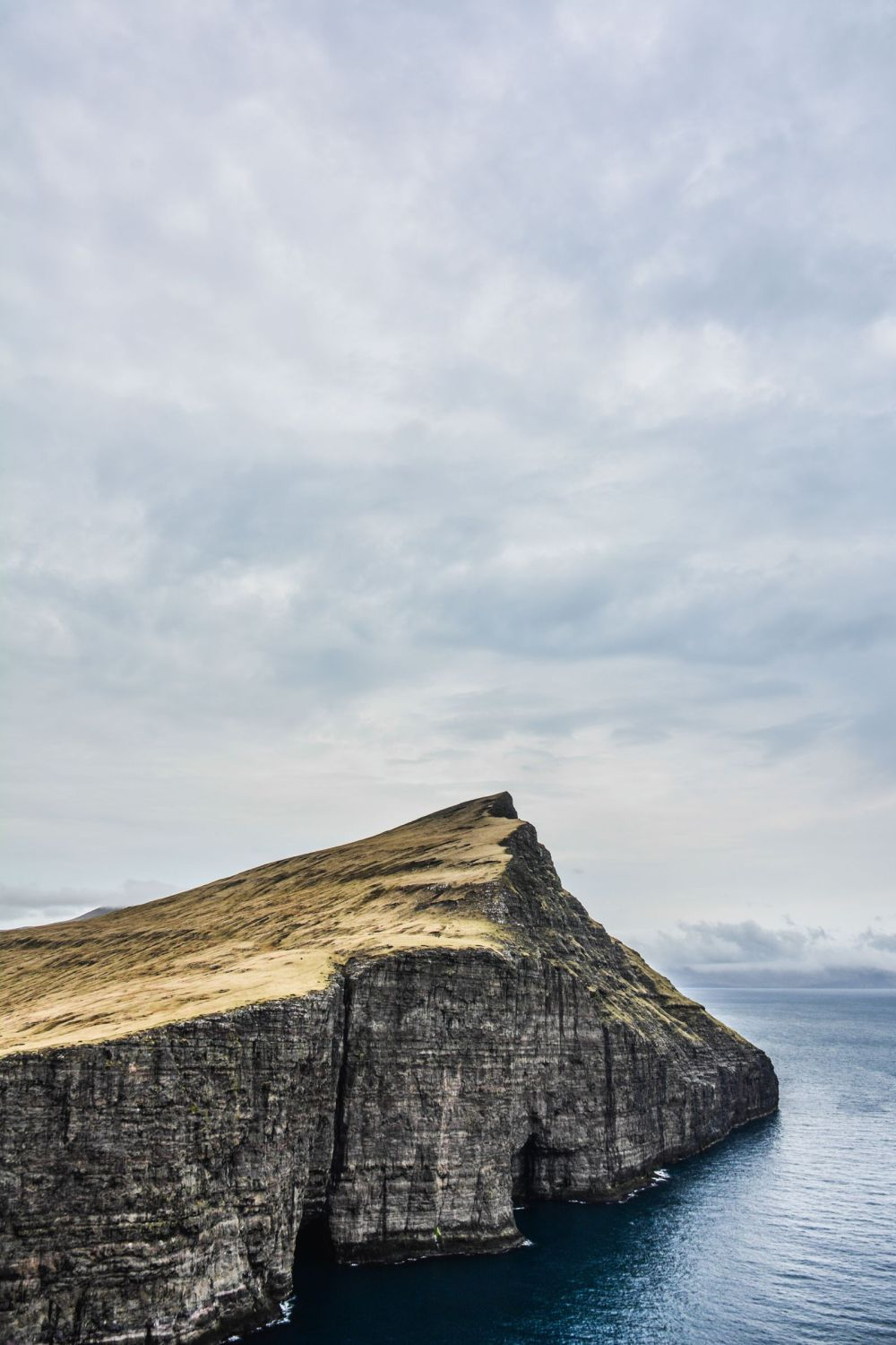 12 Essentials You Need To Pack For A Trip To The Faroe Islands (18)