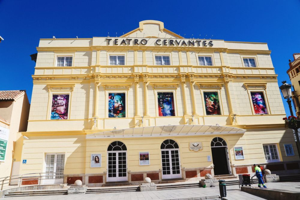 Photo Diary: A Jaunt Through The City of Malaga In Spain (30)
