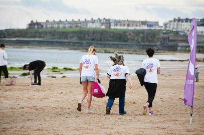 10 Ways To Help Give Back When You Travel With Barefoot Wine And Bubbly In Newcastle, England (26)