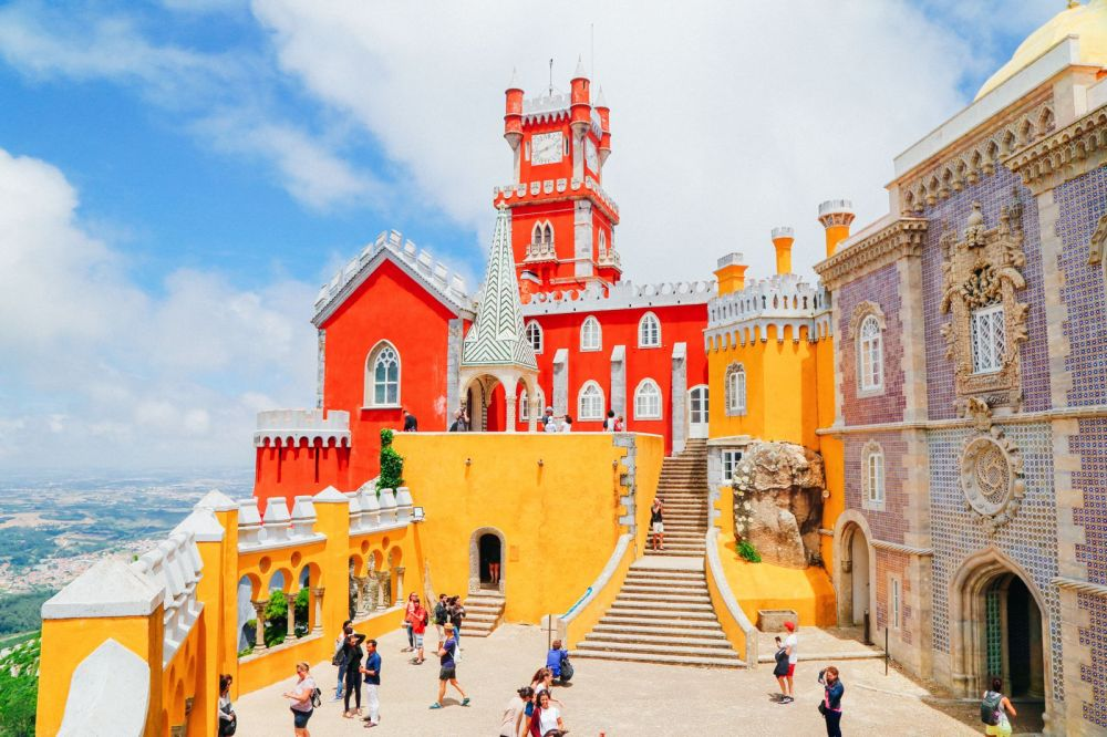 15 Things You Need To Know About Visiting Sintra In Portugal (8)