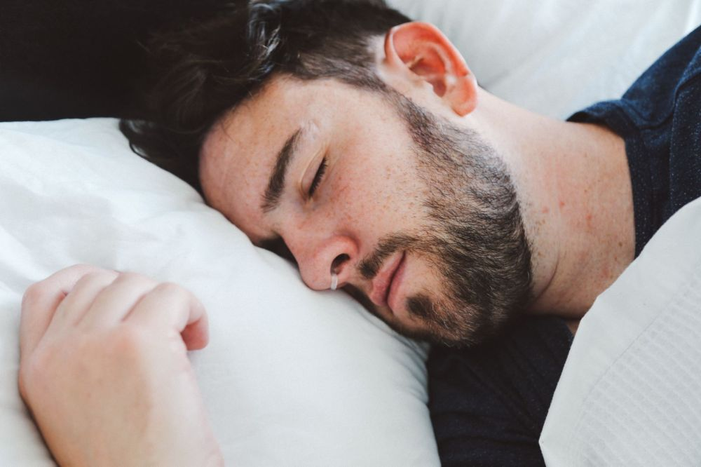Travel Hack: Here's Help To Stop Snoring! (6)