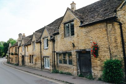 Exploring One Of England's Most Beautiful Villages - Castle Combe (17)