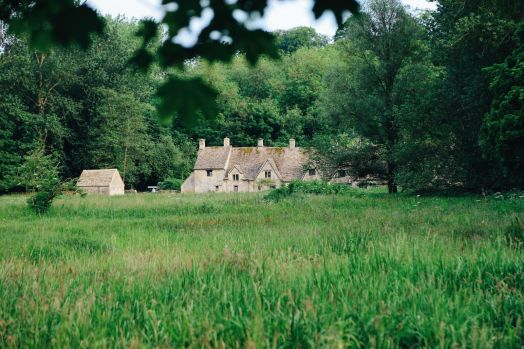 In Search Of The Most Beautiful Street In England - Arlington Row, Bibury (15)