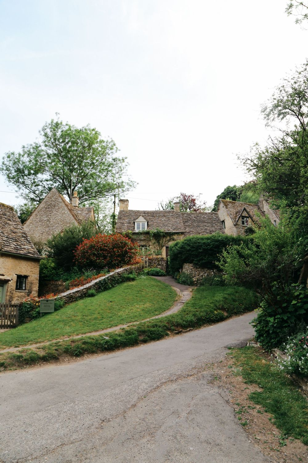 In Search Of The Most Beautiful Street In England - Arlington Row, Bibury (28)