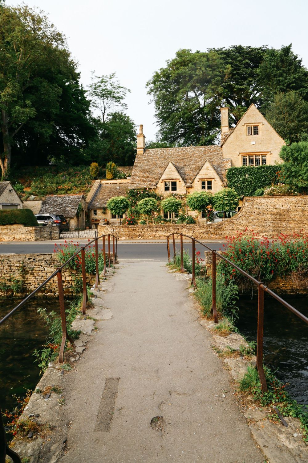 In Search Of The Most Beautiful Street In England - Arlington Row, Bibury (29)