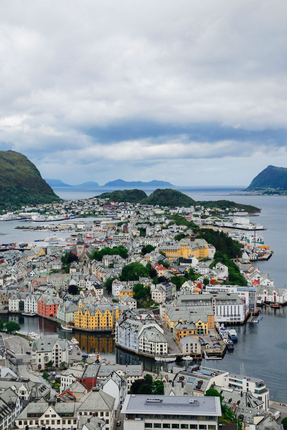 Arrival In Alesund, Norway - The Start Of Our Norwegian Road Trip! (18)