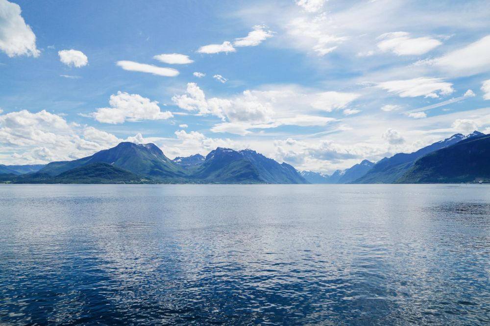 Alesund To Solavågen To Festoy To Leknes To Oye... One Of Norway's Most Scenic Driving Routes (4)