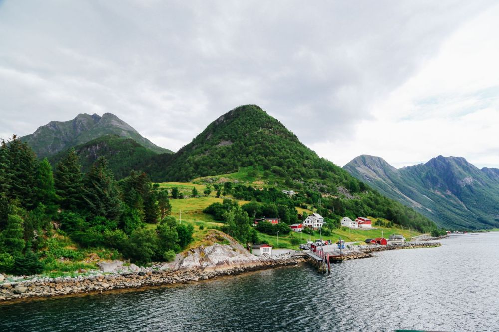 Alesund To Solavågen To Festoy To Leknes To Oye... One Of Norway's Most Scenic Driving Routes (27)